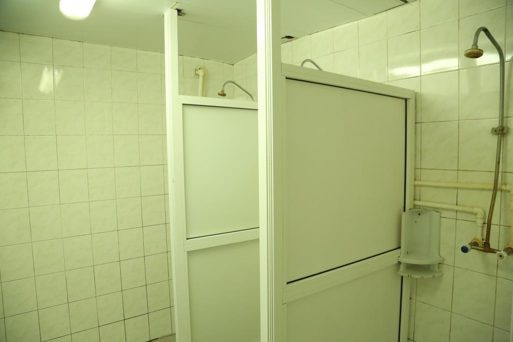 kamera-v-dushevih-obshezhitiy