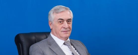 Ректор УрГЭУ Яков Силин поздравил коллег с Днём науки